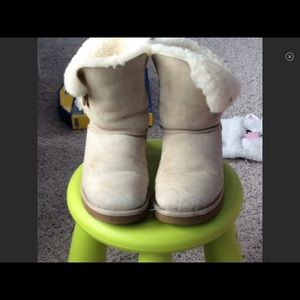 🌟Ugg Bailey Button II Women's boots
